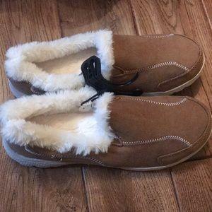 Danskin slip on fur shoe!
